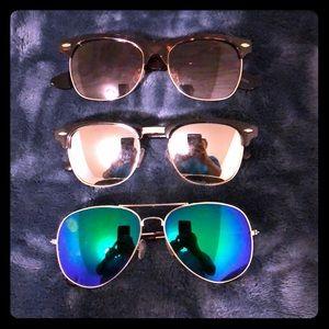 Accessories - Set of 3 aviator style sunglasses